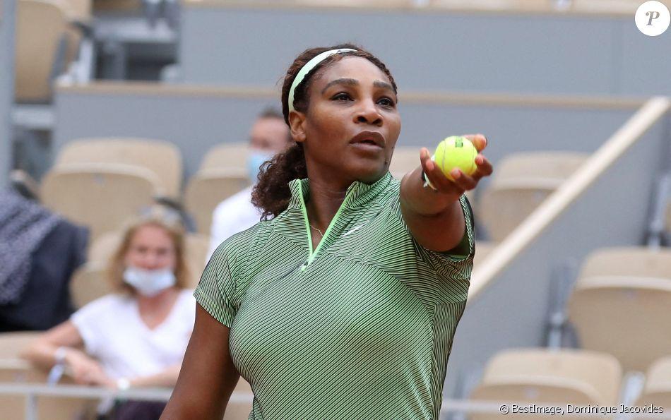 Roland Garros 2021 - Serena Williams remporte son match contre Mihaela Buzarnescu à Paris le 2 ...