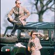 Archives - La reine Elizabeth et le prince Philip en vêtements coloniaux.