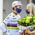 Julian Alaphilippe et marion Rousse lors de la Flèche Wallonne à Huy en Belgique, le 21 avril 2021. © Photo News / Panoramic / Bestimage