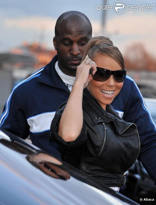 Mariah Carey et son garde du corps à Paris en mars 2008
