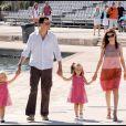 Leonor et Sofia avec leurs parents Letizia et Felipe