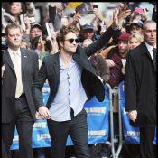 Robert Pattinson provoque une émeute et a mordu... un fan ! Miam miam !