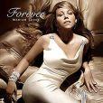 Mariah Carey très glamour pour la publicité de son parfum Forever