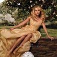 Reese Witherspoon très glamour pour la publicité de son parfum in Bloom