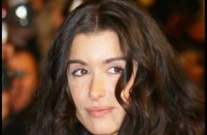 Jenifer : Assassinée par les critiques pour ses premiers pas au théâtre...