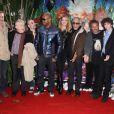 L'ensemble du casting vocal du film  Arthur et la Vengeance de Malthazard , ce dimanche 22 novembre, à l'avant-première parisienne du film, sur les Champs-Elysées.