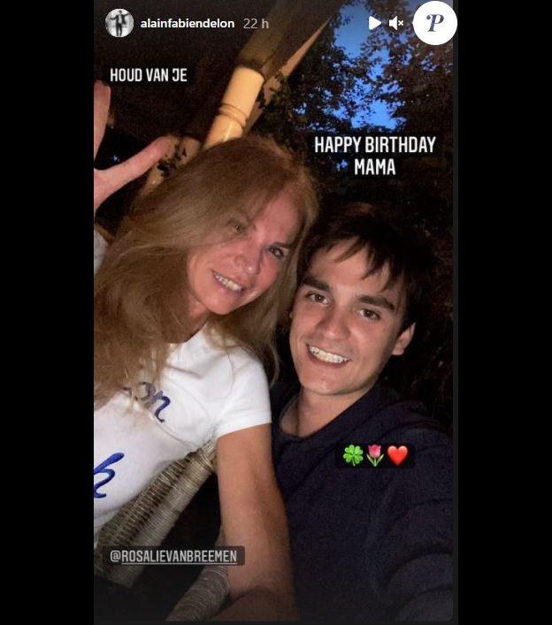 Alain-Fabien a partagé ce selfie de lui avec sa mère Rosalie sur Instagram pour l'anniversaire de celle-ci.
