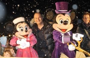 Cauet a donné le coup d'envoi d'un féérique marché... avec ses copains Mickey et Minnie !