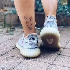 Alizée dévoile son nouveau tatouage en hommage à sa chienne Galak. Le 18 septembre 2021.