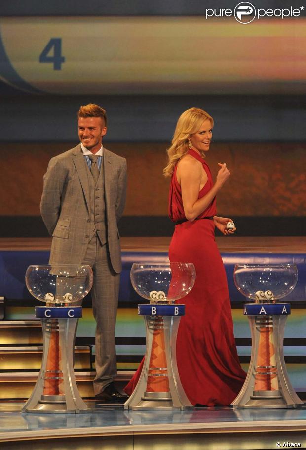 David beckham et charlize theron lors du tirage de la - Prochaine coupe du monde de football ...
