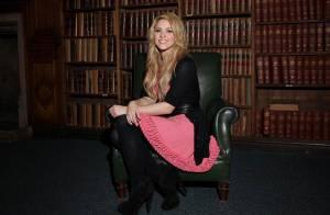 Shakira pirate avec élégance les idées de... Barack Obama devant les élites !