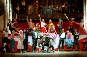 Regardez la belle Cécilia Cara... swinguer sur les rythmes fous de Grease !