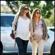 Rebecca Gayheart : Plus enceinte que jamais, elle lâche les boutiques de L.A. pour s'en prendre à... Ikea !