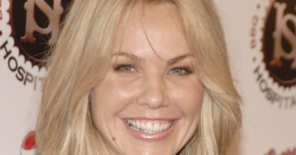 andrea roth de la s rie rescue me et lost 42 ans est enfin enceinte. Black Bedroom Furniture Sets. Home Design Ideas