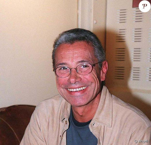 Jean-Marie Périer dénonce l'homophobie dans son prochain livre, Casse-toi !, disponible le 4 février 2010 !