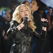 Haiti : Regardez Beyoncé, Shakira, Wyclef Jean et leurs amis chanteurs en pleine action pour George Clooney !