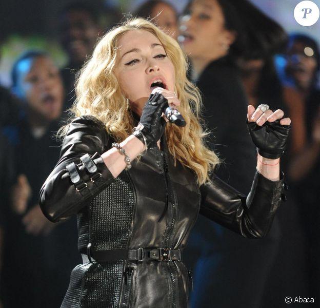Madonna a livré un superbe show pour Haïti le 22/01/10 à New York.