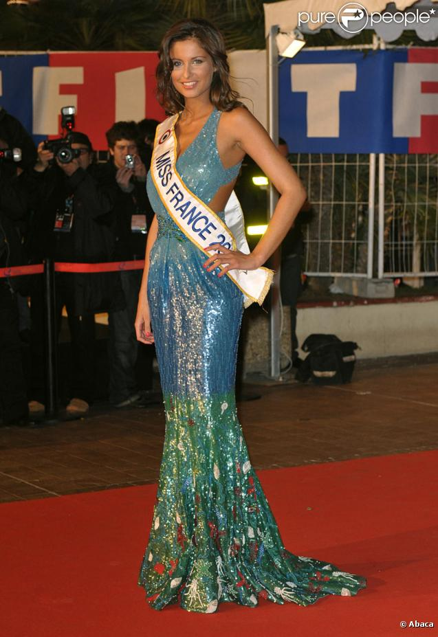 Malika Ménard aux NRJ Music Awards 2010