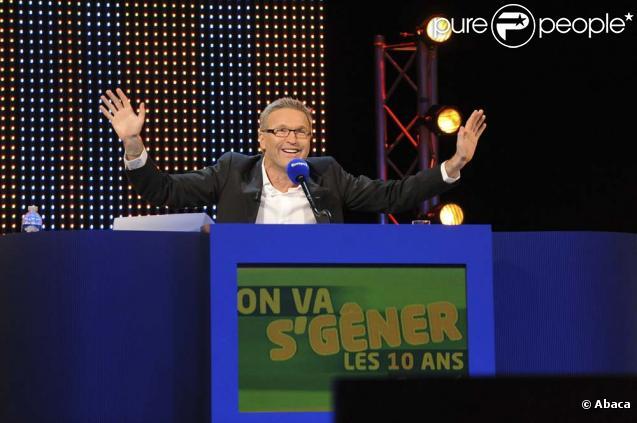 Laurent Ruquier et sa bande, lors de l'enregistrement des 10 ans de son émission  On va s'gêner , à Paris, 21 octobre 2009 !