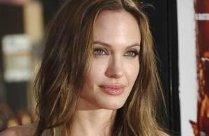 Angelina Jolie rend visite aux enfants Haitiens soignés en République Dominicaine !