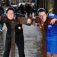 John Terry (et Vernon Kay, par la même occasion), cloués au pilori au London Dungeon !
