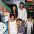 Katie Price, son mari Alex, et ses enfants