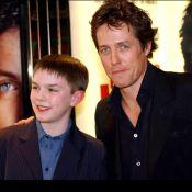 On a retrouvé le 'fils' de Hugh Grant, plus de huit ans plus tard... C'est un vrai séducteur !