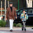 """Pierce Brosnan et son fils Dylan (février 2010)"""