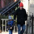 """Matthew Broderick et son fils James (février 2010)"""