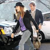 Sarah Jessica Parker : toujours pimpante mais elle devrait relooker... son mari !