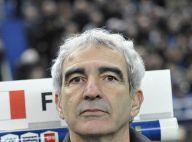 Malgré le soutien de Claire Chazal et Laurence Ferrari, Raymond Domenech se fait siffler par le stade de France...