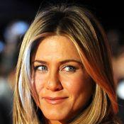 Jennifer Aniston plus belle et sexy que jamais... retrouvée par le chasseur de primes Gerard Butler !