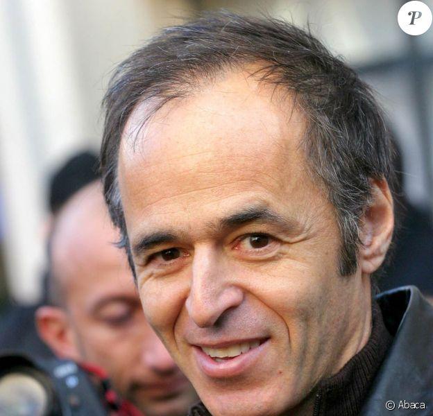 Jean-Jacques Goldman (photo : en 2004) reviendra-t-il sous les feux de la rampe pour ses soixantes ans ?