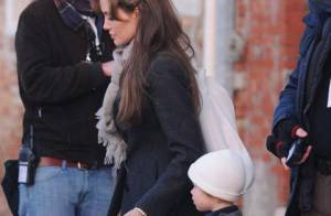 Angelina Jolie : Pause tendresse et malice avec Shiloh, Maddox et Zahara !