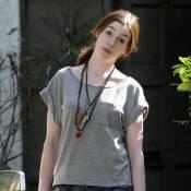 Anne Hathaway : La Reine Blanche du pays des merveilles n'est pas la reine... des fashionistas !