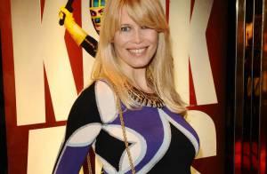 Claudia Schiffer très enceinte au bras de son mari... aux côtés de Brad Pitt, Tom Ford et Mika !