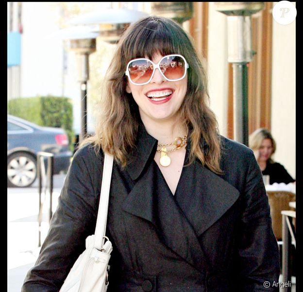 Milla Jovovich en séance shopping