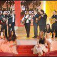 Michel Drucker, Antoine Duléry avec Chico et les Gipsy Kings lors de l'enregistrement de l'émission Vivement Dimanche diffusée le 4 avril 2010 sur France 2