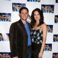 Steven Pasquale et son épouse Laura Benanti lors de la soirée de lancement de Lend Me A Tenor à Broadway au Music Bow Theatre à New York le 4 avril 2010