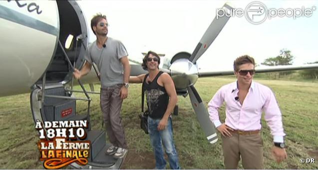 David, Greg et Mickaël prennent un avion privé  pour rentrer en France !