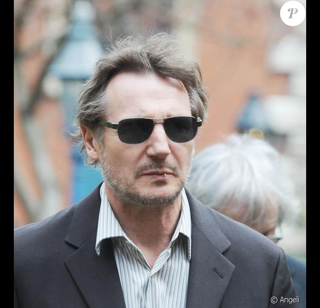 Liam Neeson aux obsèques de Corin Redgrave, en la cathédrale Saint-Paul de Londres. 12/04/2010