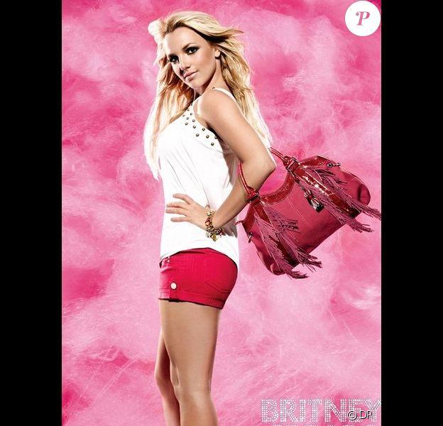 Britney Spears, égérie 2009/2010 de Candie's, révèle les premières infos sur la campagne automne-hiver de la marque pour laquelle elle posera bientôt.