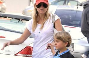 Reese Witherspoon : maman pimpante et amoureuse, elle a fait un joli cadeau à son fils... son mini-sosie !