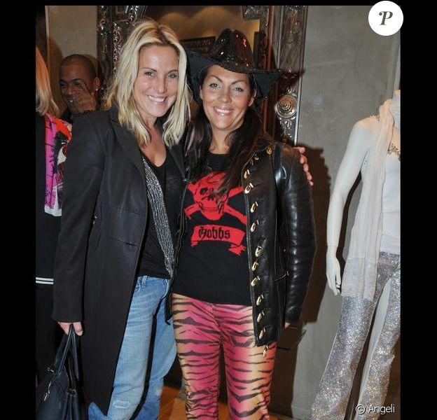 Hermine de Clermont Tonerre et Sophie Favier lors de la soirée à la boutique Renoma à Paris pour la présentation des photographies de 10 photographes qui racontent les Rolling Stones de 1964 à 2006