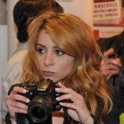 Julie Zenatti : La jolie geisha s'est fait quelques souvenirs sur les Champs-Elysées...