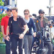 Adrian Grenier : sur le tournage d'Entourage, il arbore deux grandes nouveautés !