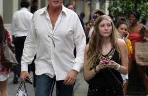 David Hasselhoff : Quand sa fille joue les daddy-sitter relookeuse... il est aux anges !