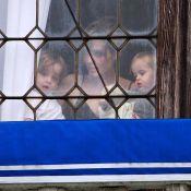Même en plein tournage, Angelina Jolie trouve le temps de s'occuper de ses adorables jumeaux...