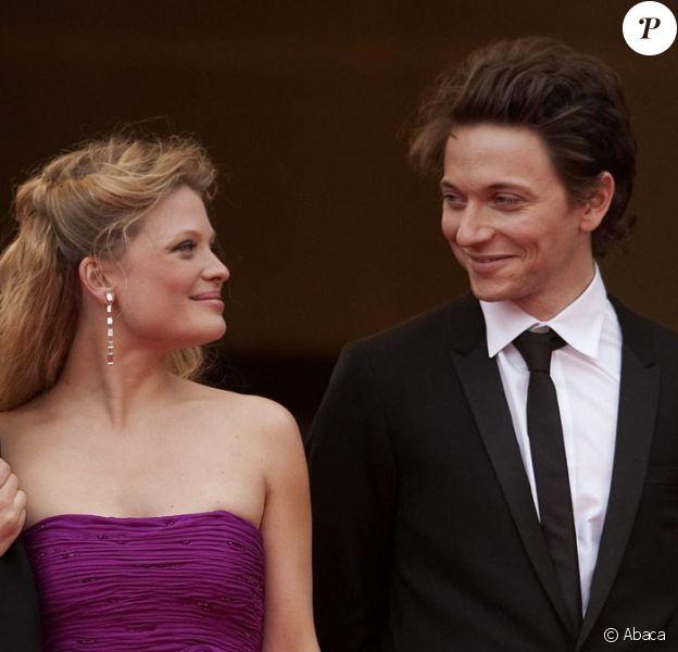 Mélanie Thierry et Raphaël lors de la montée des marches de l'équipe du film La Princesse de Montpensier. Le 16 mai à Cannes