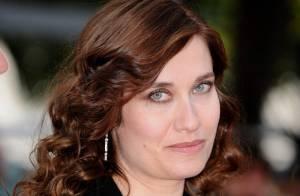 Cannes 2010 - Emmanuelle Devos nous envoûte en garçonne et Géraldine Pailhas nous dévoile son épaule sexy !